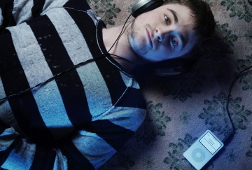 "Daniel Radcliffe describes Horns as ""rock 'n' roll"""